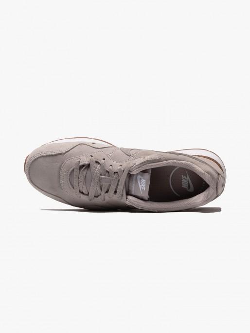 Nike Venture